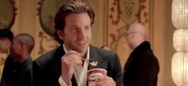 Bradley Cooper sexy dans une publicité pour Häagen-Dazs – Vidéo